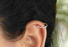 bông tai bạc có sợi dạng khuyên vành tai
