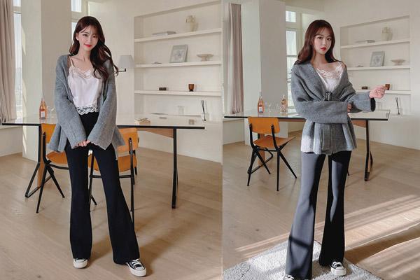 Phối quần ống loe đen cùng với áo hai dây sexy