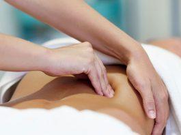 cách massage giảm đau lưng