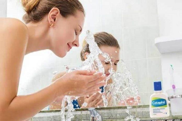cách sử dụng sữa rửa mặt cetaphil